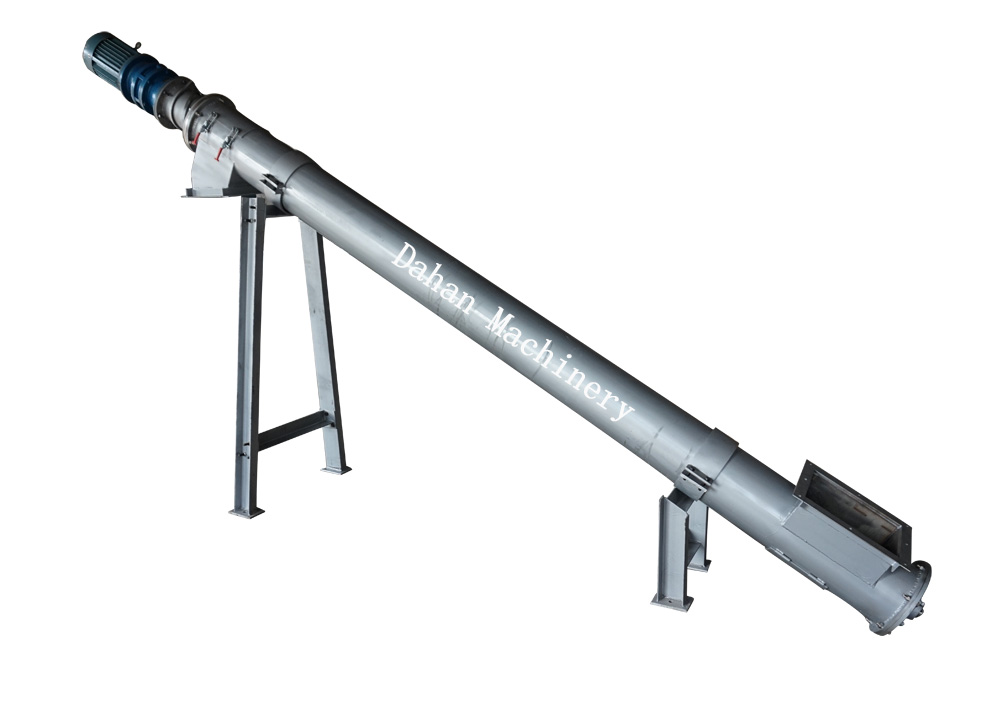 Angled screw conveyor